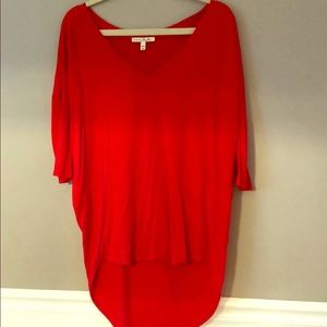 Red High/Low Tee - Size L